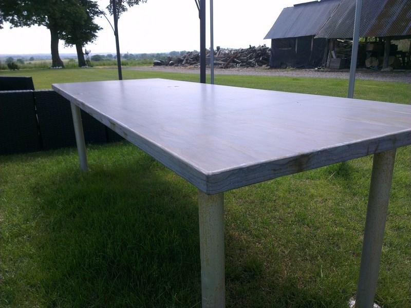 Table schiste bleu noir lisse carri res yvoir for Mobilier japonais rennes
